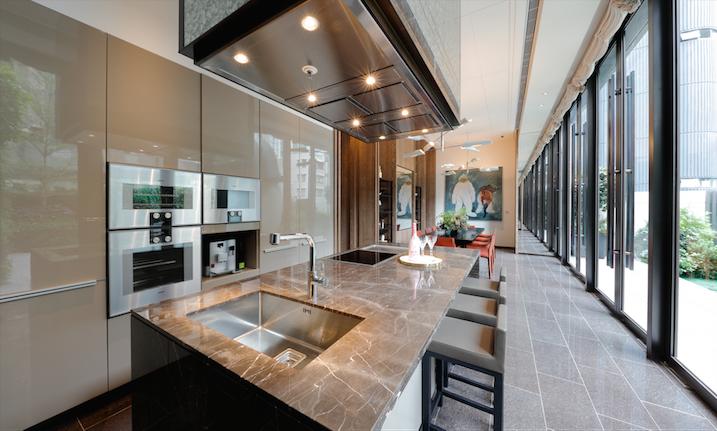 eight kwai fong hong kong logements tudiants. Black Bedroom Furniture Sets. Home Design Ideas