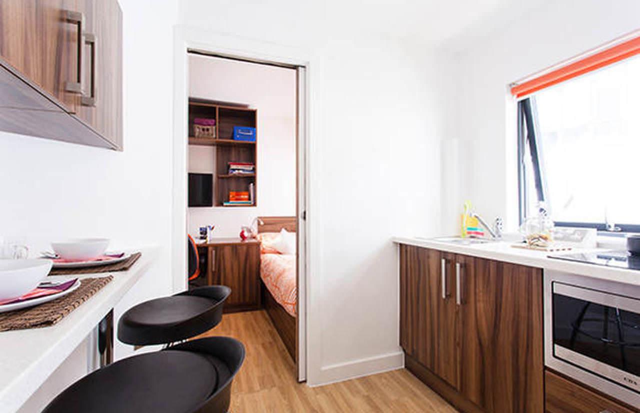 King Square Studios Student Rooms • Student.com