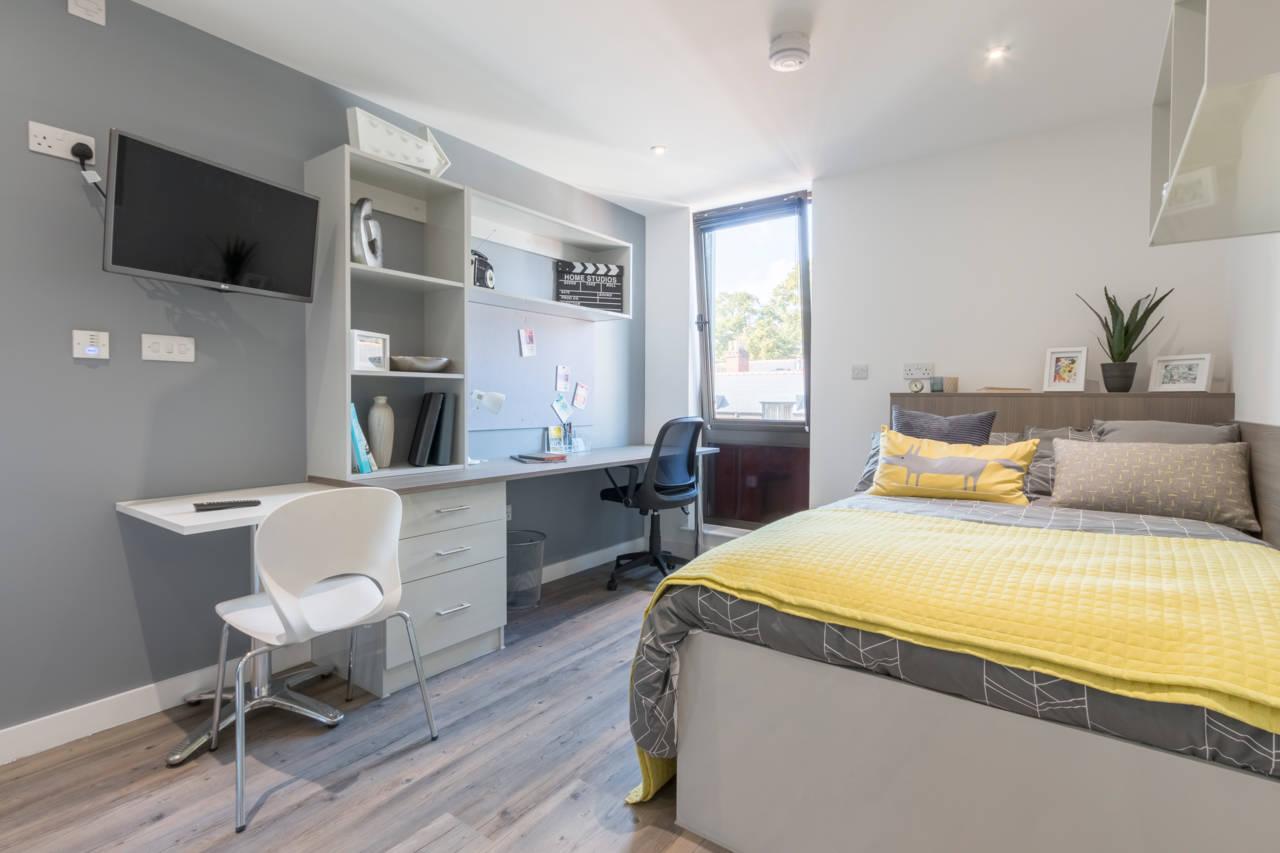 Alojamiento de estudiantes glendower house cardiff for Alojamiento para estudiantes