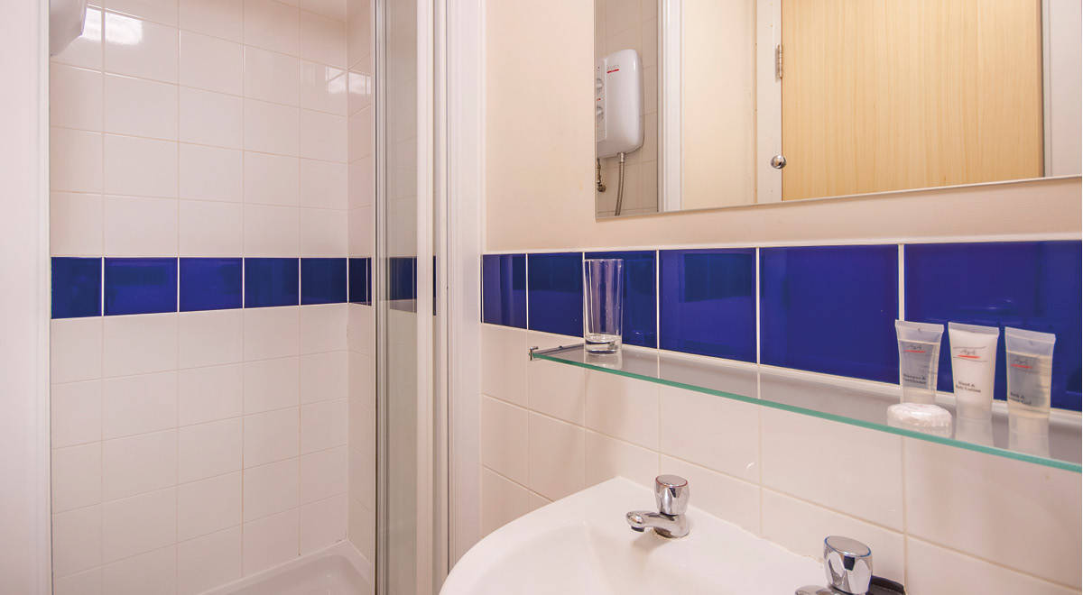 Bathroom Tiles Rockingham rockingham house student accommodation • student