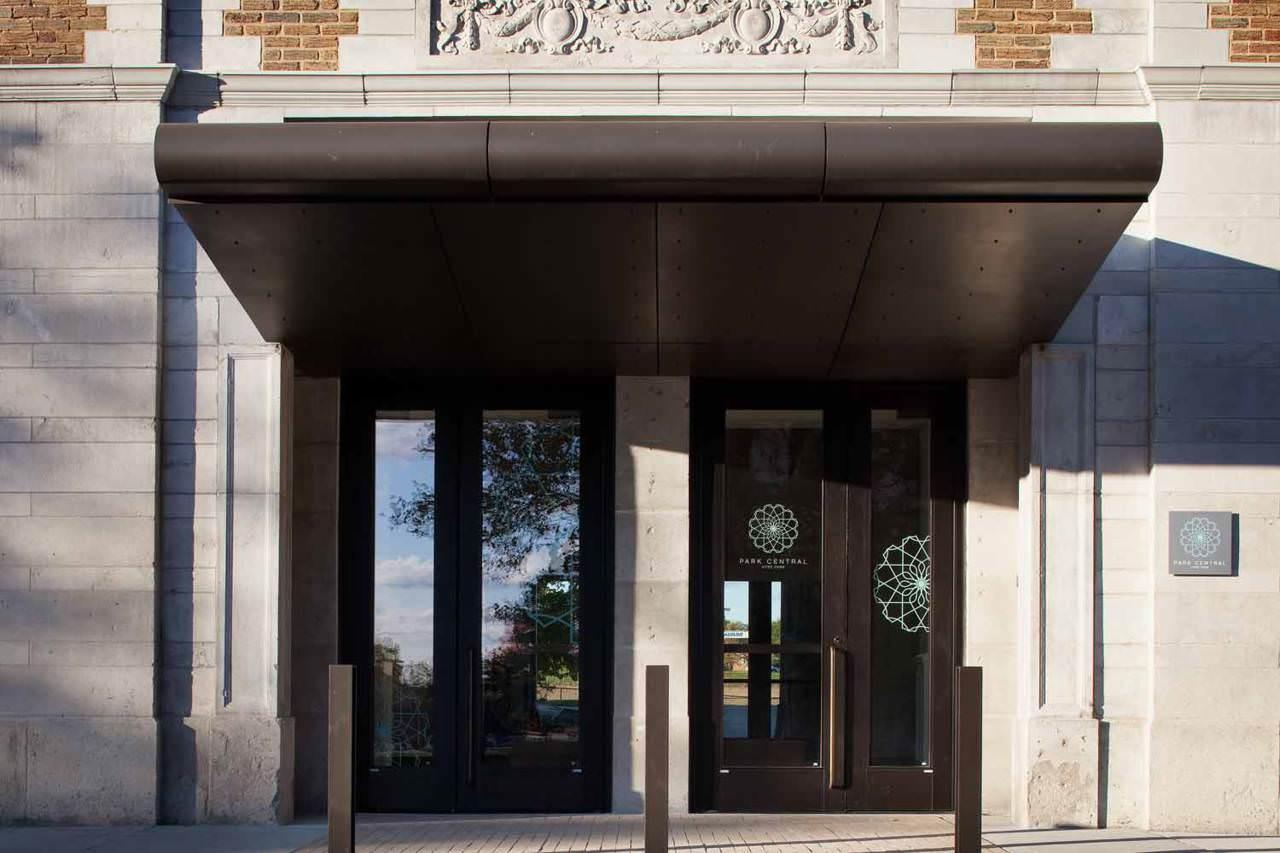 Westport Cafe And Bar Kansas City Mo
