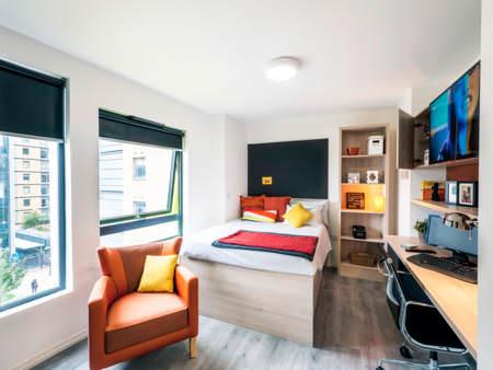 wg zimmer und wohnungen in wembley. Black Bedroom Furniture Sets. Home Design Ideas